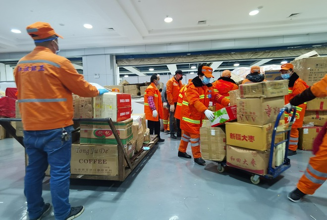 Trung Quốc biến nhà thi đấu, trung tâm hội nghị thành bệnh viện dã chiến - 6