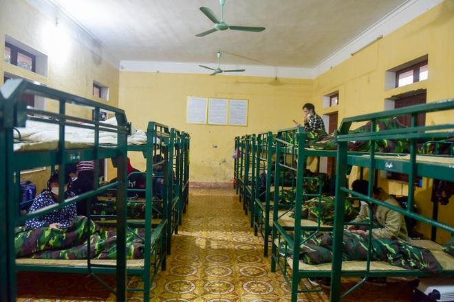 Bên trong khu cách ly 260 công dân Việt Nam tại doanh trại quân đội - 7