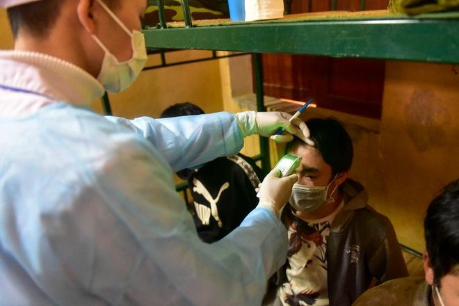 Bên trong khu cách ly 260 công dân Việt Nam tại doanh trại quân đội - 16