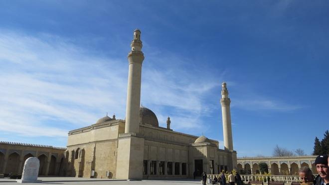 Vẻ đẹp ấn tượng của Azerbaijan - viên ngọc trên giao điểm Á - Âu - 17