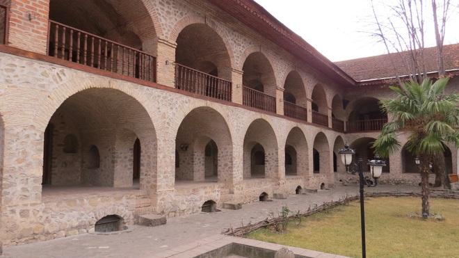 Vẻ đẹp ấn tượng của Azerbaijan - viên ngọc trên giao điểm Á - Âu - 19