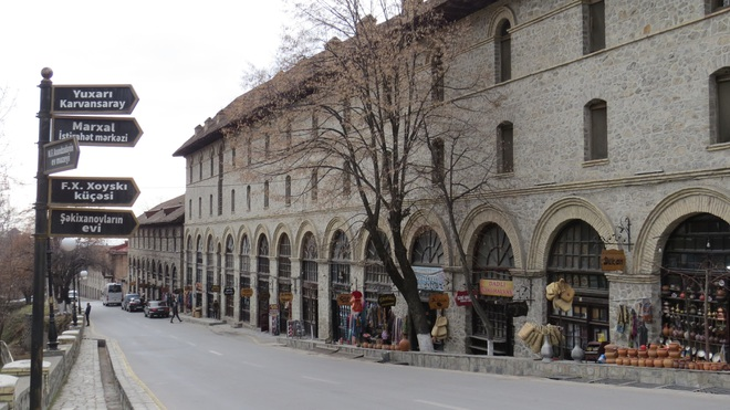 Vẻ đẹp ấn tượng của Azerbaijan - viên ngọc trên giao điểm Á - Âu - 18