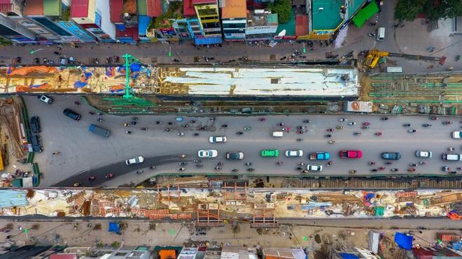 Đại công trường trên cao 9.400 tỷ xuyên đường cong mềm mại ở Hà Nội - 23