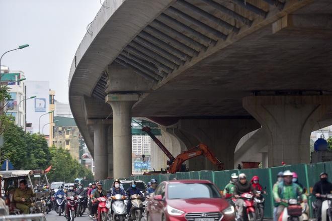 Đại công trường trên cao 9.400 tỷ xuyên đường cong mềm mại ở Hà Nội - 24