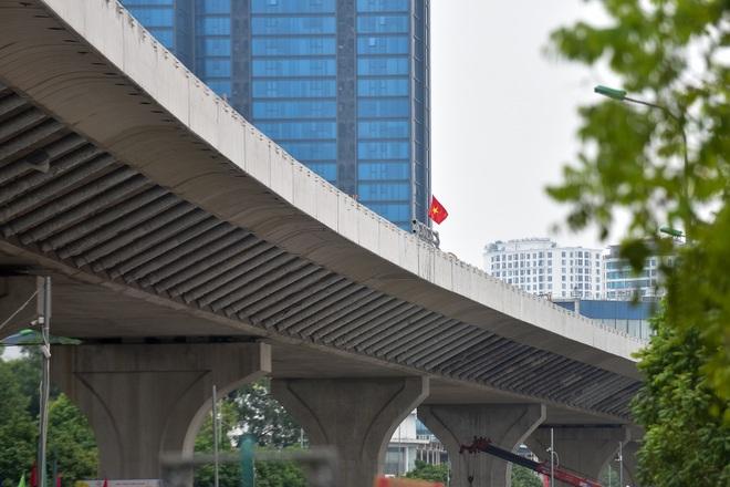 Đại công trường trên cao 9.400 tỷ xuyên đường cong mềm mại ở Hà Nội - 17
