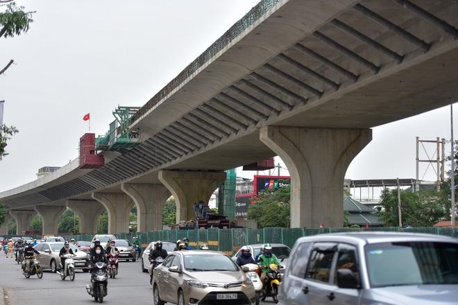 Đại công trường trên cao 9.400 tỷ xuyên đường cong mềm mại ở Hà Nội - 22