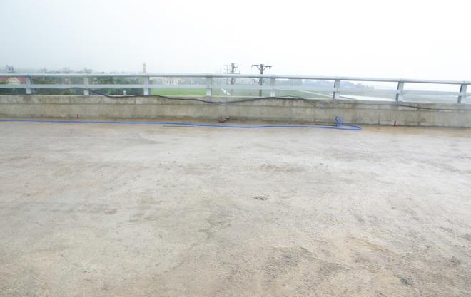 Cận cảnh cây cầu nghìn tỷ vượt sông Ninh Cơ chuẩn bị thông xe - 16