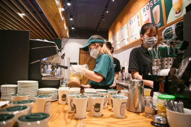 Một vạn ly cà phê đưa thông điệp xúc động đến các y, bác sĩ - 13