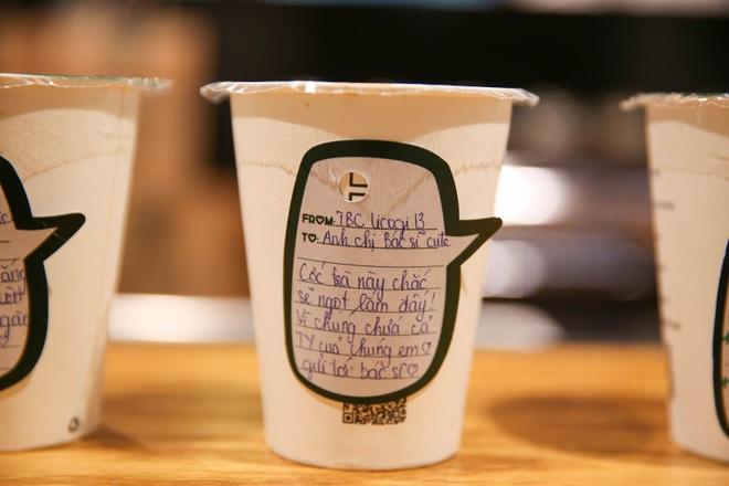 Một vạn ly cà phê đưa thông điệp xúc động đến các y, bác sĩ - 6
