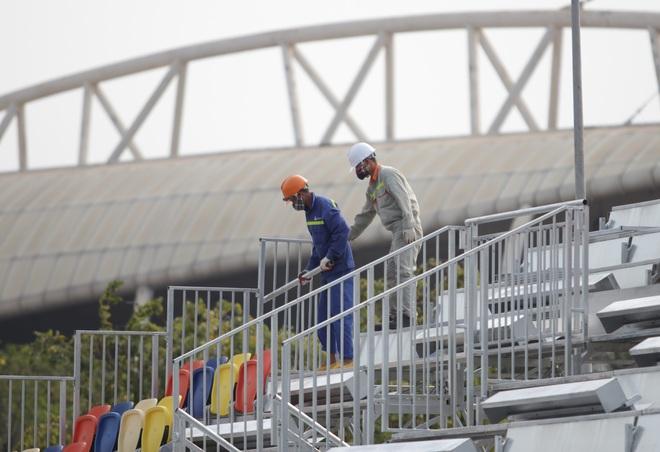 Hà Nội: Tháo dỡ khán đài đường đua F1 vì tạm hoãn đua xe - 18