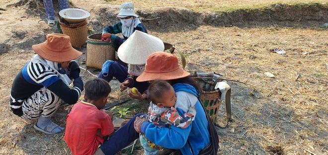 Người dân Ninh Thuận quay quắt trong cơn hạn hán kéo dài - 13