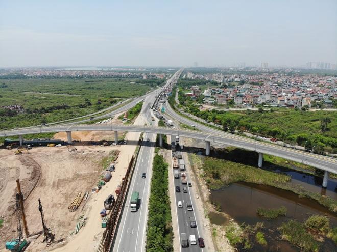 Nhìn từ trên cao dự án đường nối vành đai 3 với cao tốc Hà Nội - Hải Phòng - 4