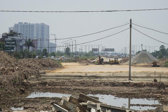 Nhìn từ trên cao dự án đường nối vành đai 3 với cao tốc Hà Nội - Hải Phòng - 8