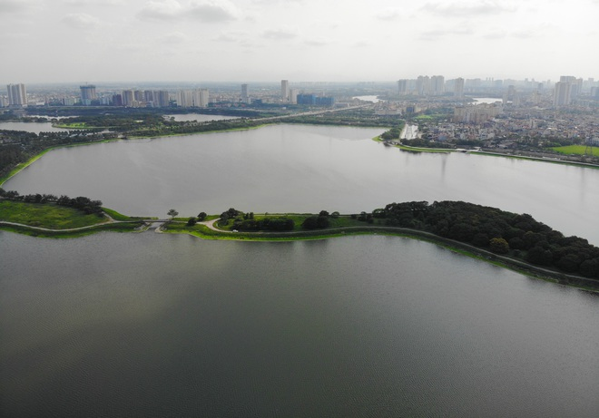 Nhìn từ trên cao hồ điều hoà rộng lớn phía đông thành phố Hà Nội - 7