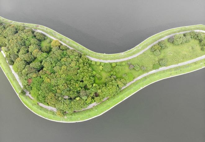 Nhìn từ trên cao hồ điều hoà rộng lớn phía đông thành phố Hà Nội - 10