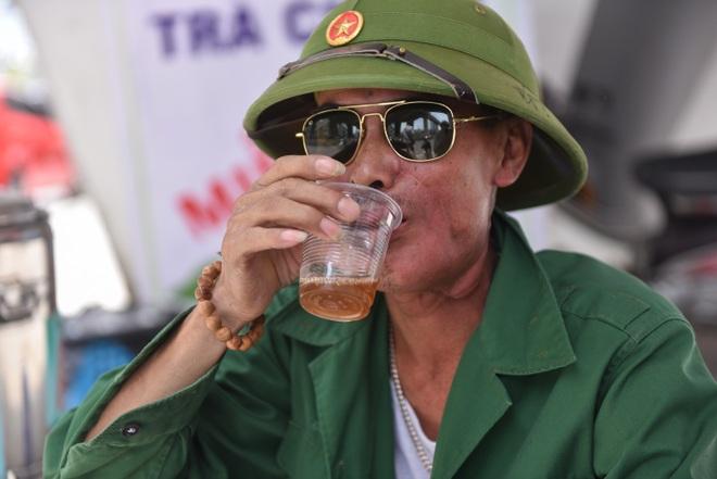 Hà Nội: Mát lòng trà chanh đá miễn phí giữa ngày nắng đỉnh điểm - 22