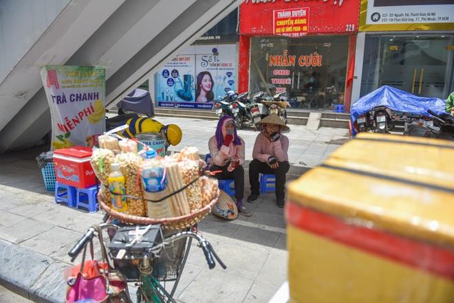 Hà Nội: Mát lòng trà chanh đá miễn phí giữa ngày nắng đỉnh điểm - 6