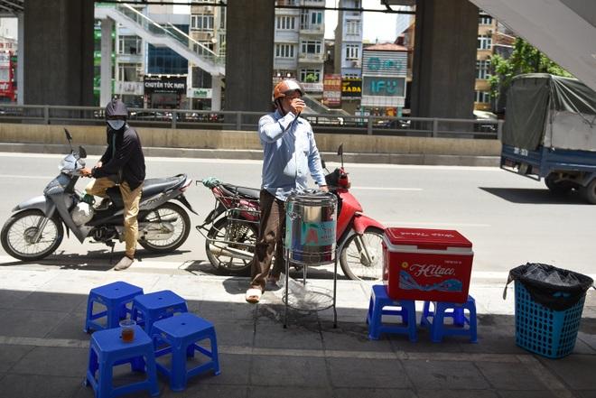 Hà Nội: Mát lòng trà chanh đá miễn phí giữa ngày nắng đỉnh điểm - 8
