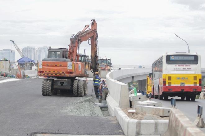 Hà Nội: Gấp rút thi công đường vành đai 3 trên cao trước ngày thông xe - 7