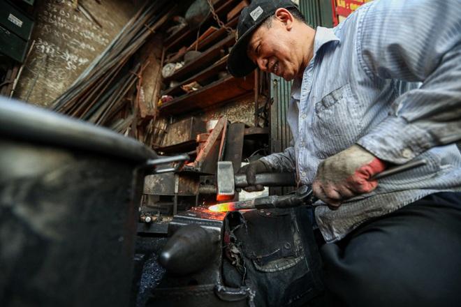 Người thợ rèn cuối cùng ở khu phố cổ Hà Nội - 18