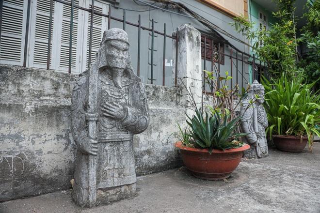 Lăng mộ đá cổ 100 tuổi giữa lòng Hà Nội - 3