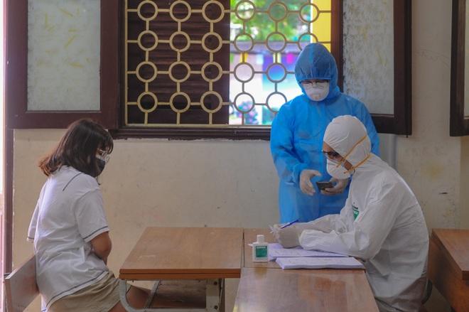 Hà Nội: Ngày đầu xét nghiệm PCR cho người trở về từ vùng dịch Đà Nẵng - 3