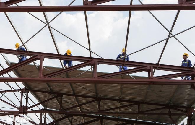 Cận cảnh đại công trường sửa chữa mặt cầu Thăng Long - 15
