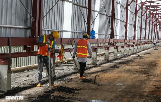 Cận cảnh đại công trường sửa chữa mặt cầu Thăng Long - 6