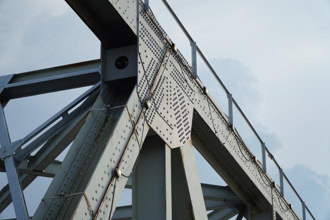 Hà Nội: Nhìn từ trên cao cây cầu huyết mạch đang được kiến nghị sửa chữa - 8
