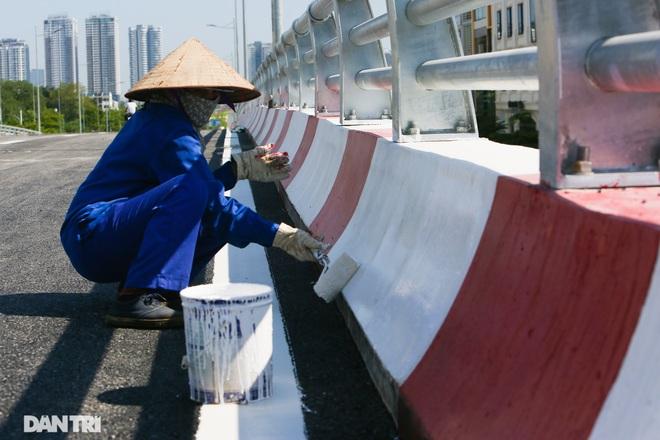 Diện mạo cây cầu vượt quy mô lớn nhất Hà Nội sẽ khánh thành vào ngày 28/8 - 5