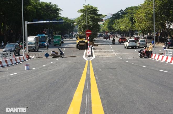 Diện mạo cây cầu vượt quy mô lớn nhất Hà Nội sẽ khánh thành vào ngày 28/8 - 13