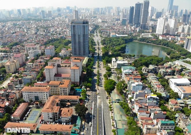 Diện mạo cây cầu vượt quy mô lớn nhất Hà Nội sẽ khánh thành vào ngày 28/8 - 17