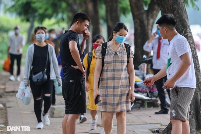 Hà Nội: Chim mồi bám CSGT và cú điện thoại mật báo tới nhà xe - 10