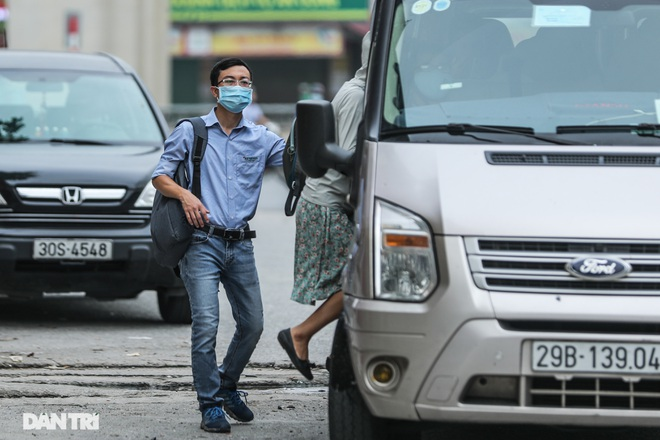Hà Nội: Chim mồi bám CSGT và cú điện thoại mật báo tới nhà xe - 2