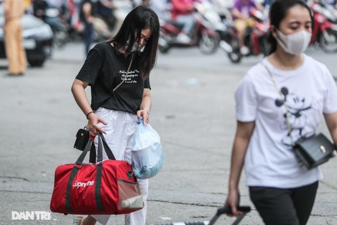 Hà Nội: Chim mồi bám CSGT và cú điện thoại mật báo tới nhà xe - 9