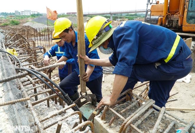 Đại công trường 400 tỷ đồng nối cao tốc Hà Nội - Hải Phòng và đường Cổ Linh - 15