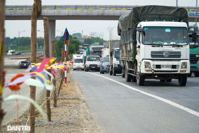 Đại công trường 400 tỷ đồng nối cao tốc Hà Nội - Hải Phòng và đường Cổ Linh - 17