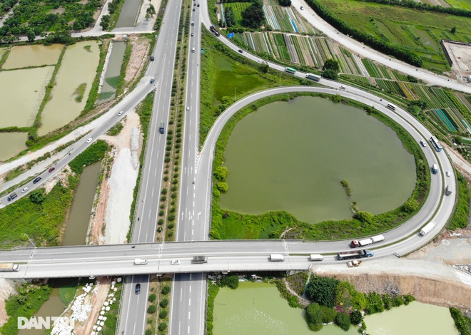 """Cận cảnh hầm chui """"trăm tỷ đồng"""" tại nút giao cao tốc Hà Nội – Bắc Giang - 2"""