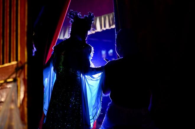 Hình ảnh cuộc sống những nghệ sĩ nặng lòng với nghề hát bội ở Sài Gòn - 14