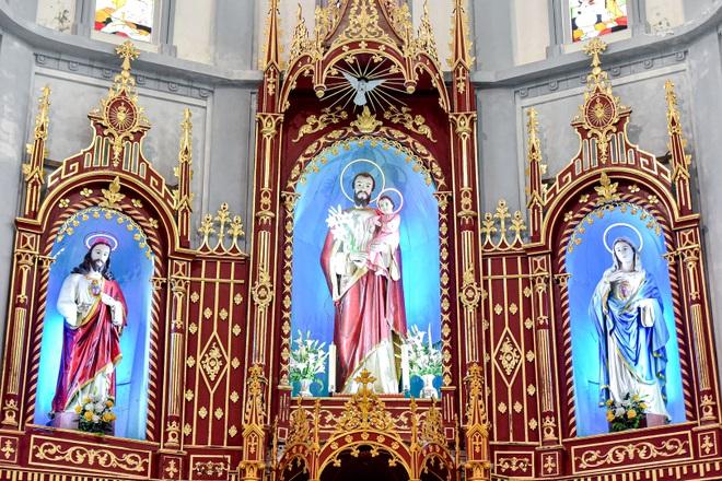 Đền Thánh Sa Châu - nhà thờ Nam Định đẹp uy nghi như ở trời Âu - 7