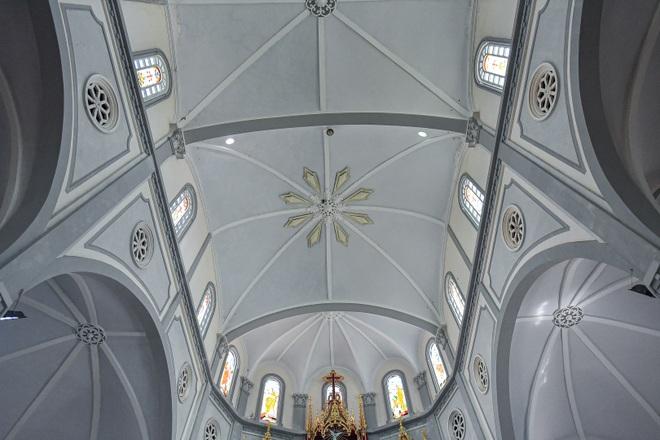 Đền Thánh Sa Châu - nhà thờ Nam Định đẹp uy nghi như ở trời Âu - 5