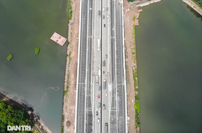 Diện mạo cầu vượt thấp qua hồ Linh Đàm một ngày trước khi khánh thành - 4