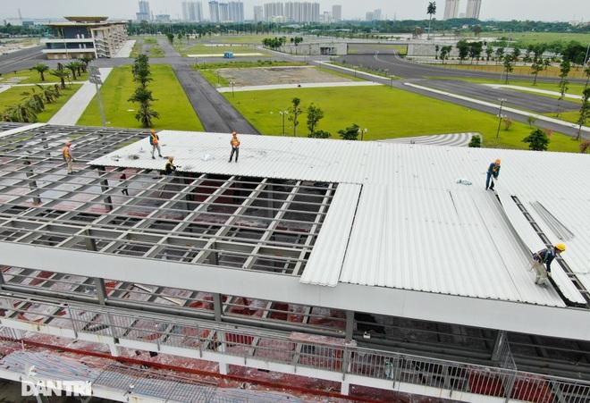 Hà Nội: Tiếp tục tháo dỡ khán đài đường đua F1 - 3