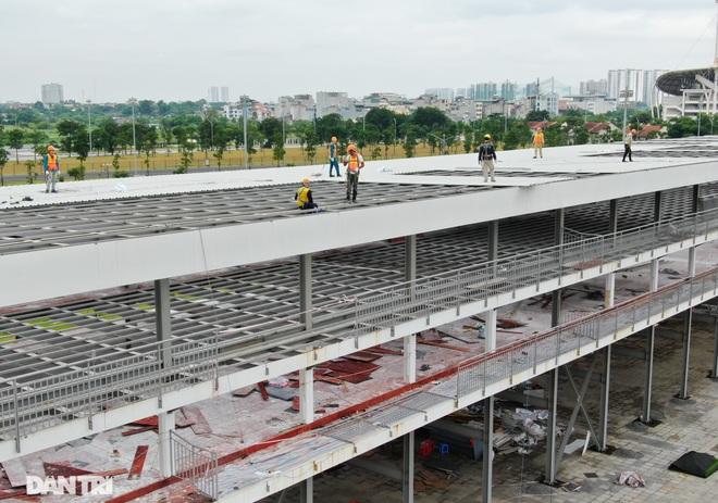 Hà Nội: Tiếp tục tháo dỡ khán đài đường đua F1 - 9