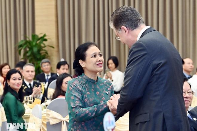 Cuộc gặp của những người xây nền móng cho 25 năm quan hệ Việt Nam - Hoa Kỳ - 13