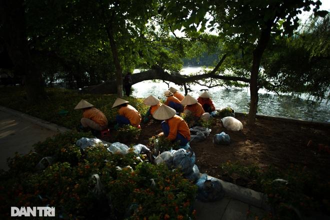 Hồ Gươm những ngày nắng thu đẹp đến nao lòng - 2