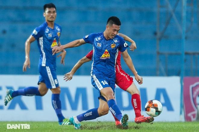 Thắng áp đảo nhưng CLB Quảng Nam vẫn phải xuống hạng, các cầu thủ bật khóc - 1
