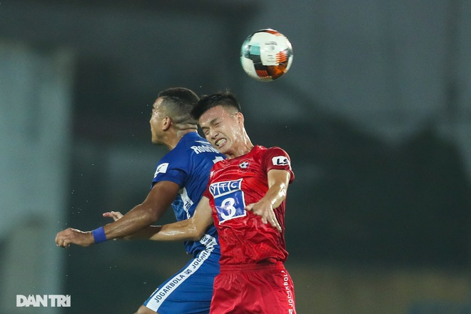 Thắng áp đảo nhưng CLB Quảng Nam vẫn phải xuống hạng, các cầu thủ bật khóc - 13