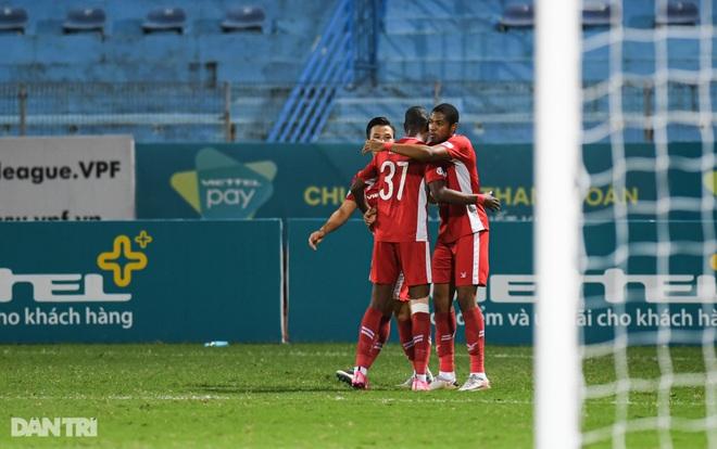 Những khoảnh khắc CLB Viettel chạm một tay vào chức vô địch V-League - 10