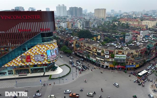 Nét hiện đại và xưa cũ trong không gian kiến trúc Hà Nội - 9